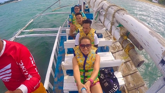 The very optimistic group readying for island hopping. Photo grabbed from Paulas Facebook.