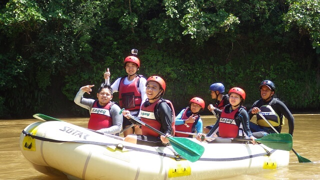The group that I joined in my whitewater rafting.