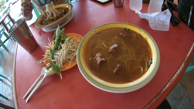 The famous chaolong noodles in the city. It is actually Vietnamese dish. Though I did not have the chance to taste other chaolong noodles, I think Bona's Chaolong House's noodles tasted great.