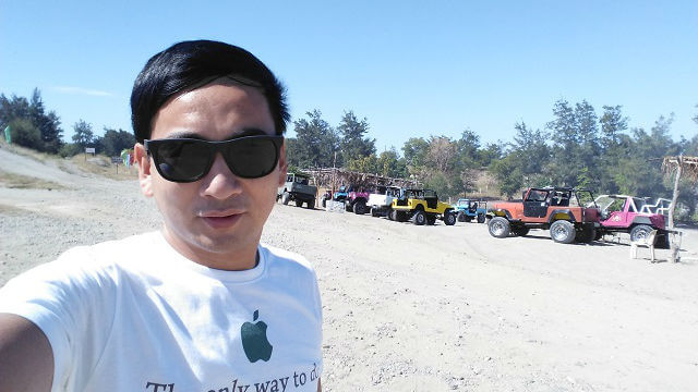 I just took a selfie with the 4x4 vehicles. I did not took a ride as it cost a lot for a solo traveler like me.