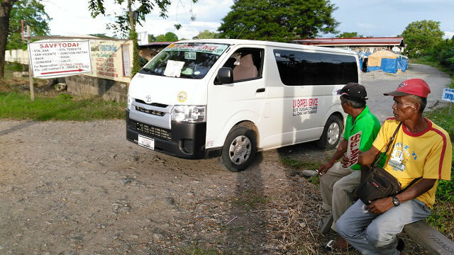 Kuya Dispatcher wearing a yellow shirt while waiting for passengers. You can reach him at +63-926-135-2625. Their association is called STA. ANA VAN FX TRANSPORT OPERATORS AND DRIVERS ASSOCIATION OF STA. ANA CAGAYAN INC. (SAVFTODAI).