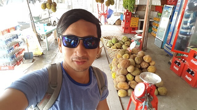My first time to taste Durian. I promised myself that I will only taste or eat an actual durian fruit in Davao City, which the city was known for.