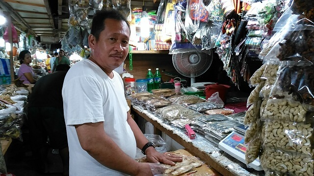 If you want to buy pasalubong (something to bring back home for loved ones), you may visit the store of Kuya Yerly Chavez in old public market of Puerto Princesa City. He sells cashew nuts, dried fish and I believe he also sells pure honey. You may contact him at +639485494256.