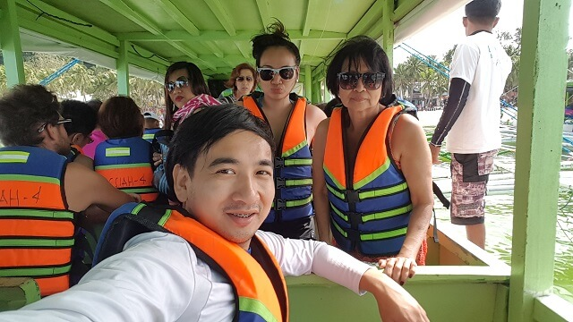 Getting ready with Island Hopping Tour